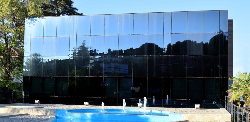 fachada_clinica_el_brillante